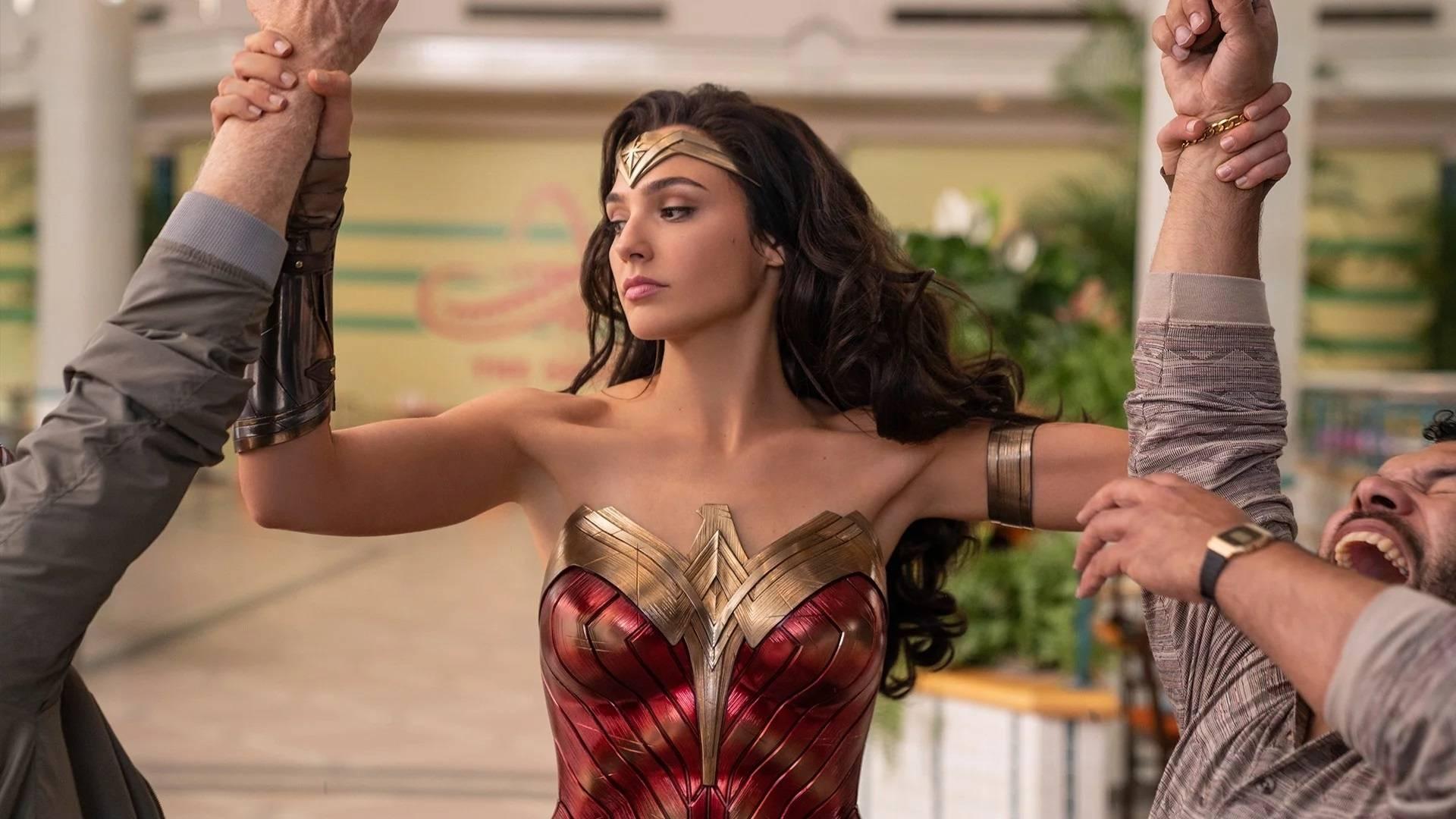 Una scena del film Wonder Woman 1984